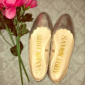 Sam & Libby Scalloped Gold Flats